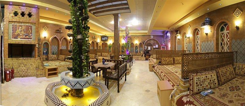 معماری و طراحی داخلی رستوران سنتی
